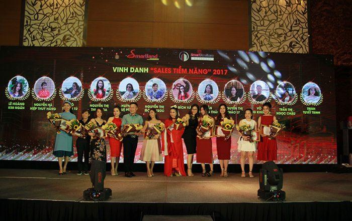 diem lai khoanh khac year – end – party cua dai gia dinh smartrealtors and partners 3