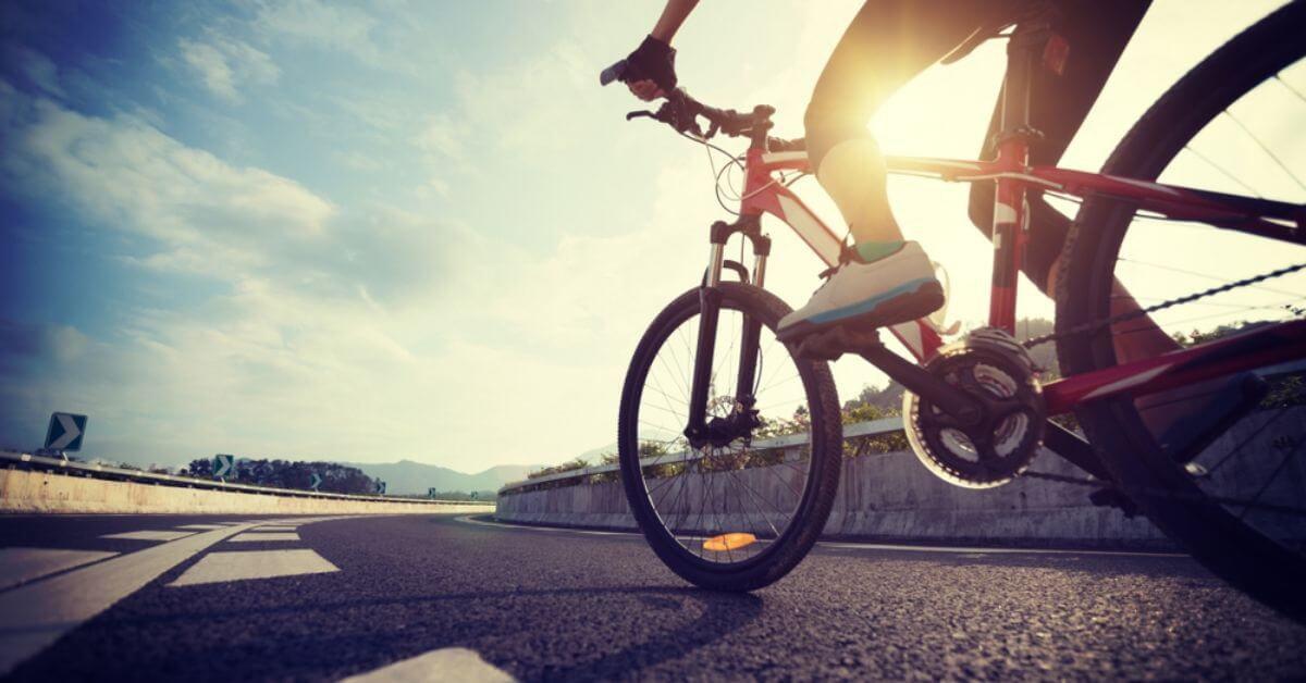Hình minh họa hoạt động đạp xe