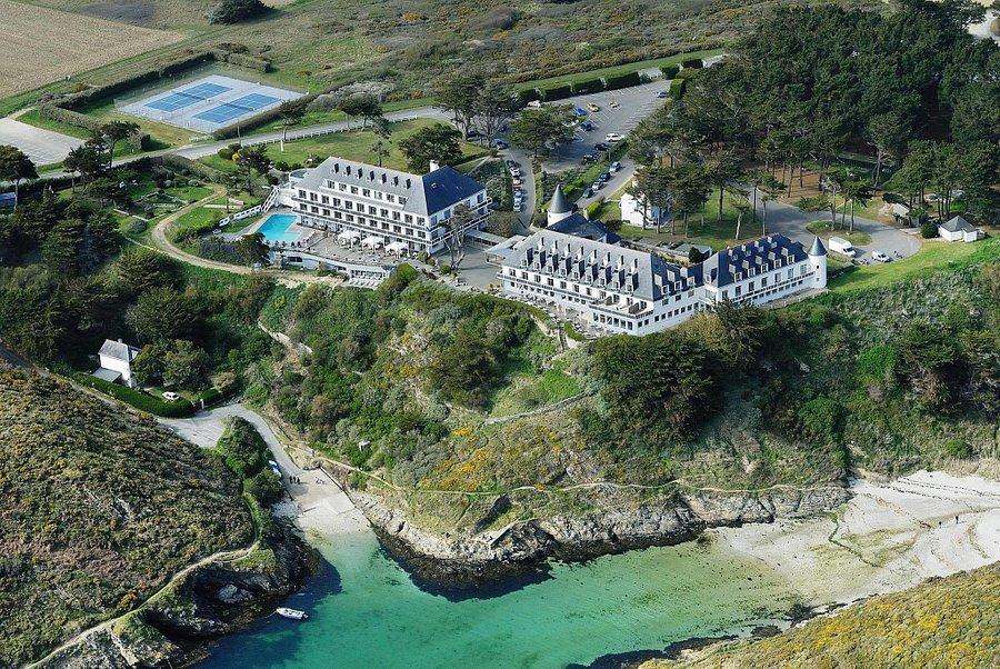 Vị trí đắc địa của Castel Clara, Belle île En Mer France