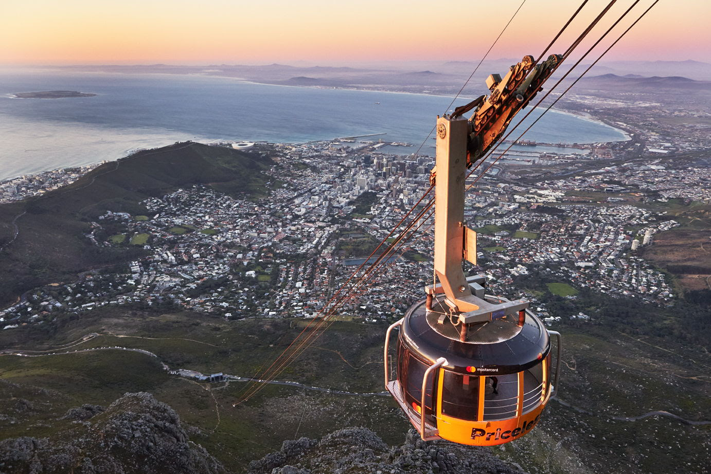 Table Mountain Aerial Cableway cap treo